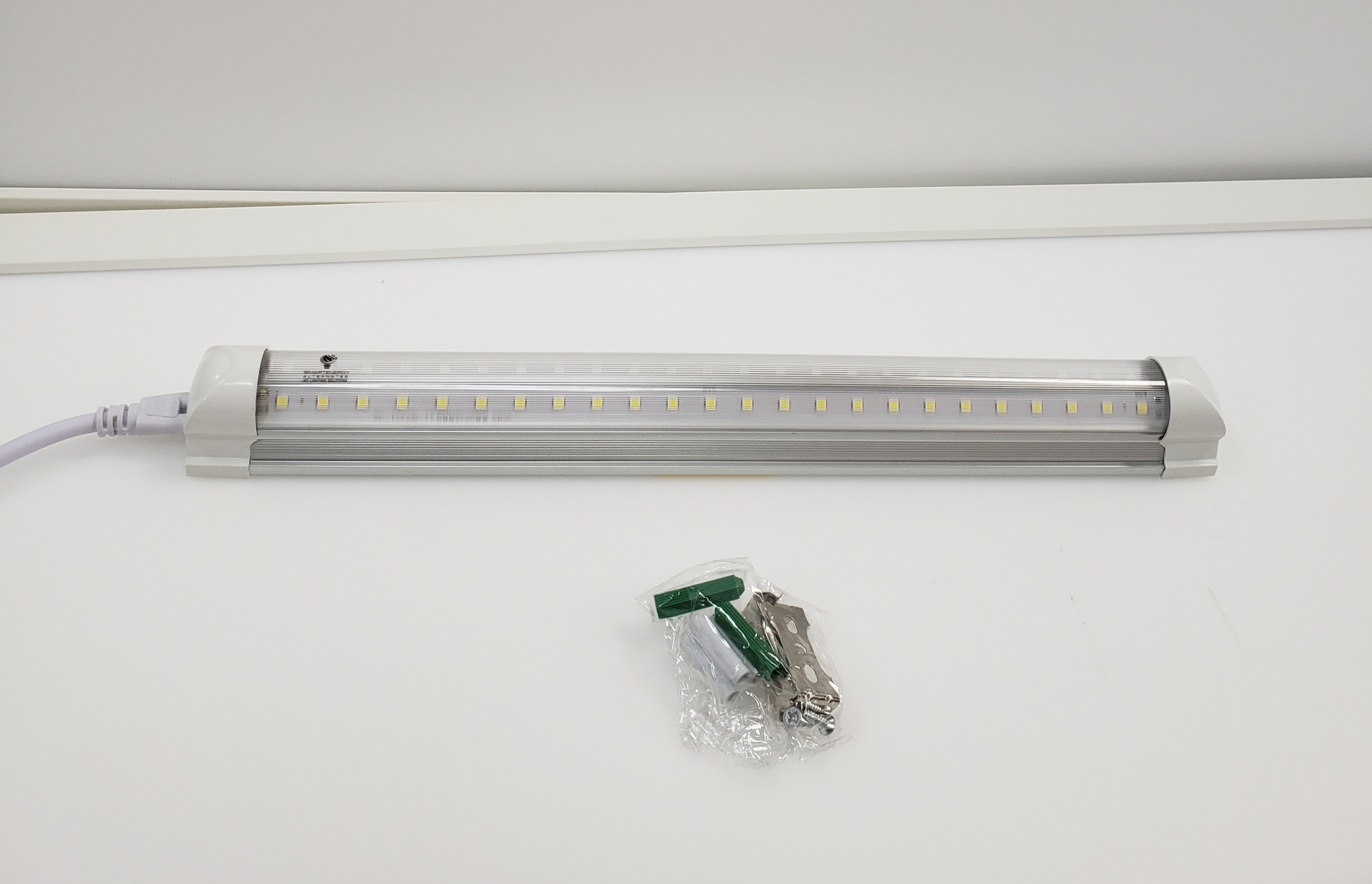 1 FT LED INTEGRATED TUBE (INTN5FW30) 5000K